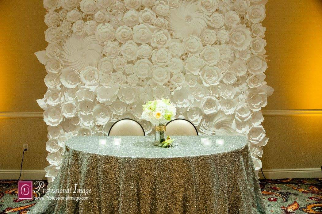 All White Sweetheart Table Backdrop