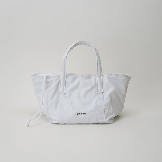 DH05 M Tote-White