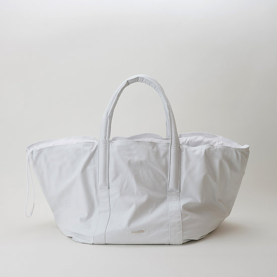 DH04 XXL Tote-White