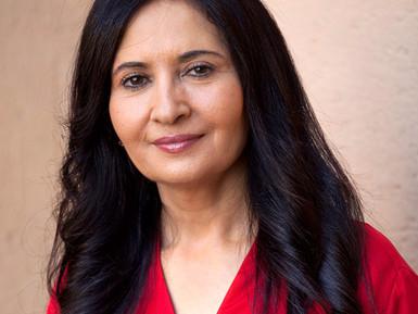 Entrevista coa directora iemení, Khadija Al-Salami.