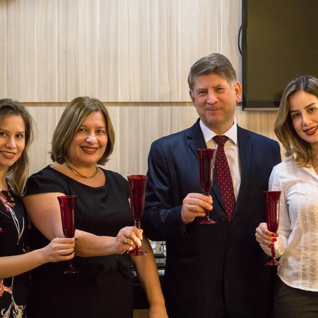 Confraternização dos 20 anos da Ari Torres Advogados Associados (2019).