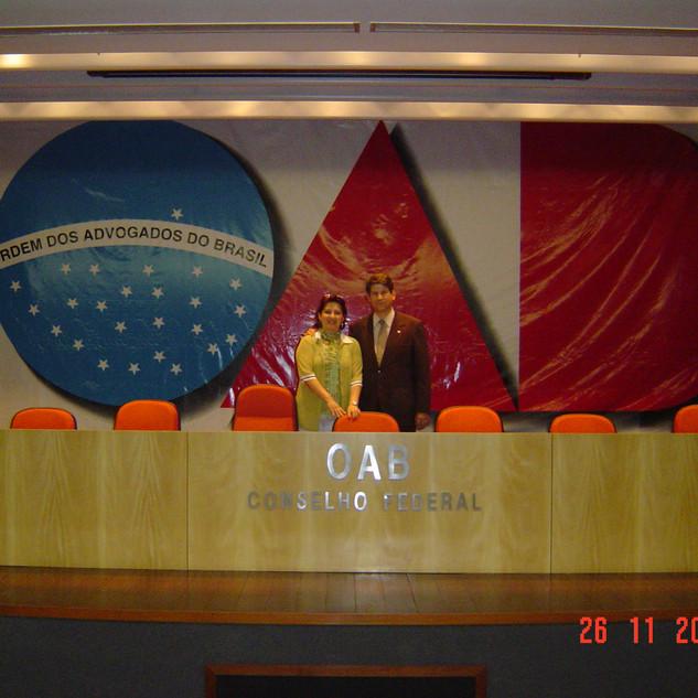 Ari Torres Advogados Associados (26.11.2004)