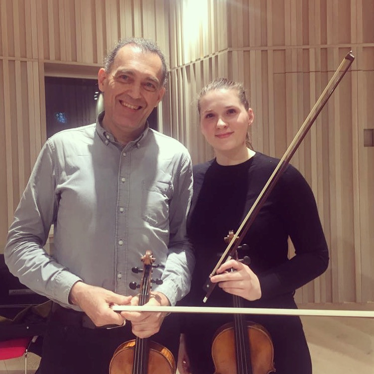 Sophie in a violin masterclass with Olivier Charlier