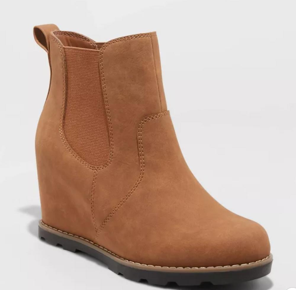 Women's Amalia Fashion Boots - Universal Thread™