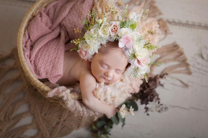 Sesiones newborn en Granada. Alba Castil