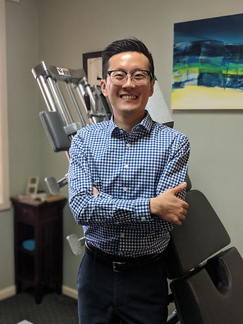 Dr Roi Cheng, Chiropractor