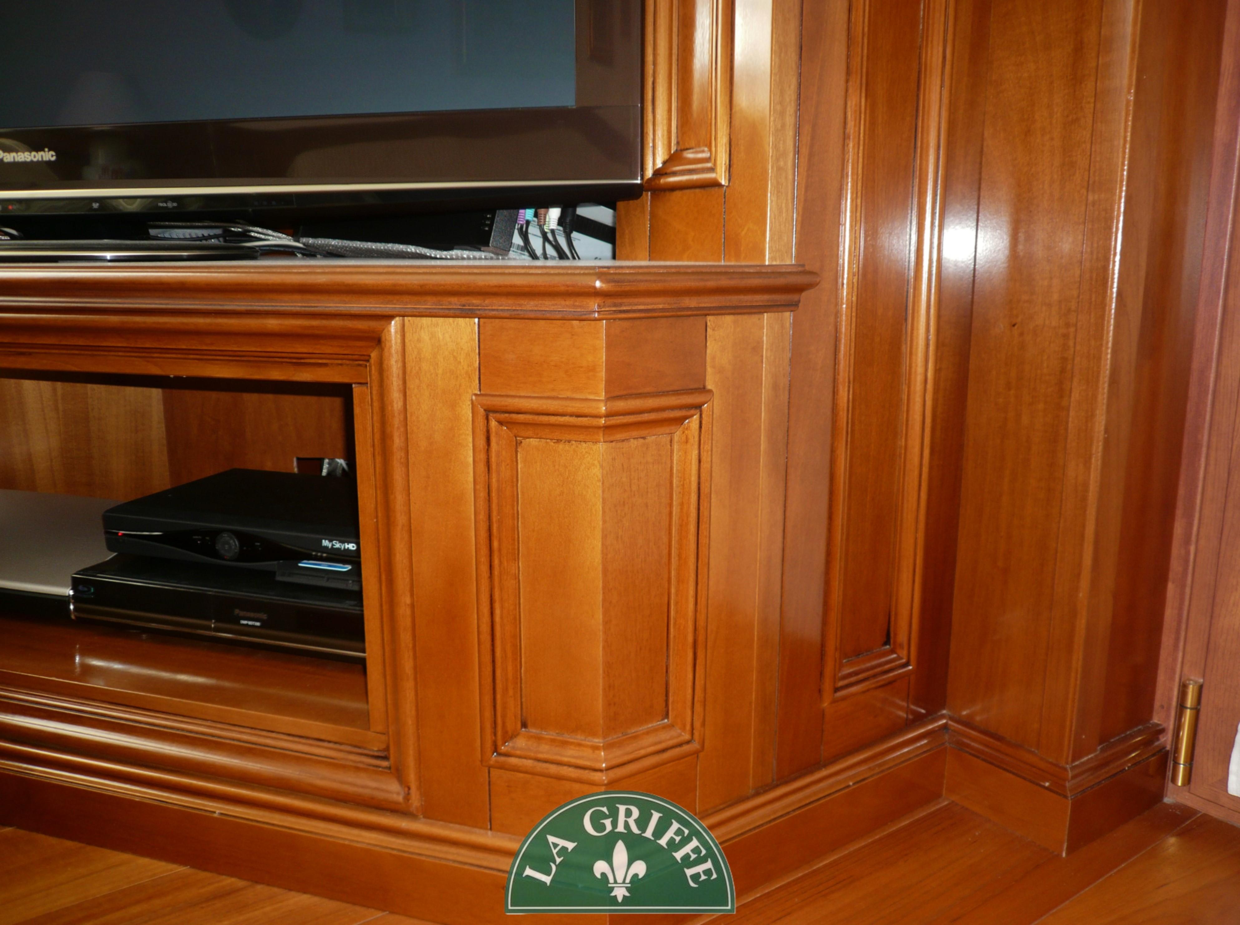 mobile porta tv boiserie brianza