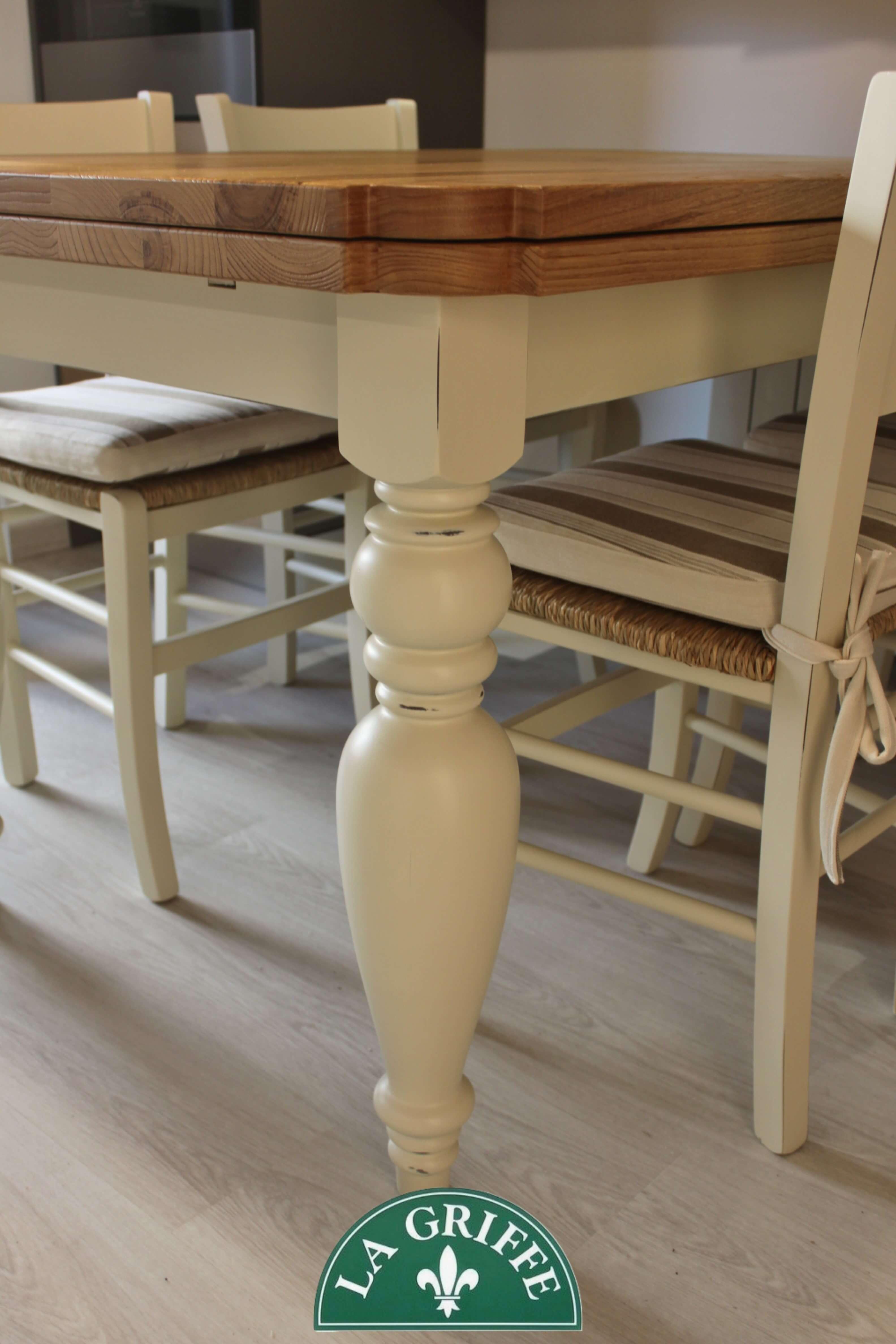 Tavolo su misura gambe tornite