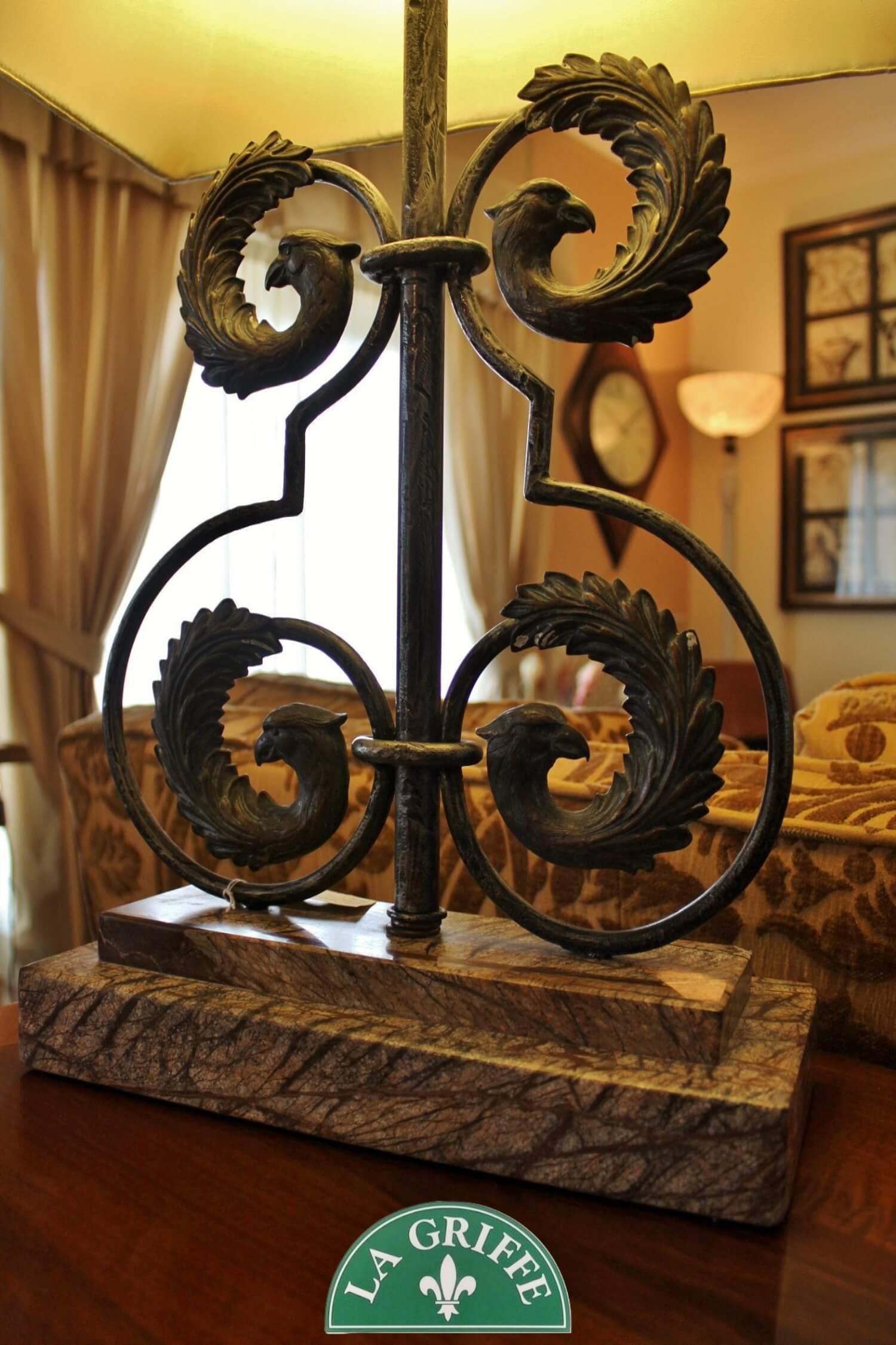 Lampada Grifoni marmo/ferro antico