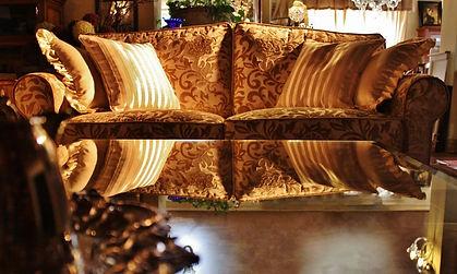 Divani divano su misura, poltrona sedia sedie pelle tessuto classico moderno Monza Brianza Milano