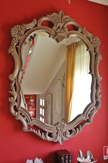 Specchio in legno intagliato Dialma Brown