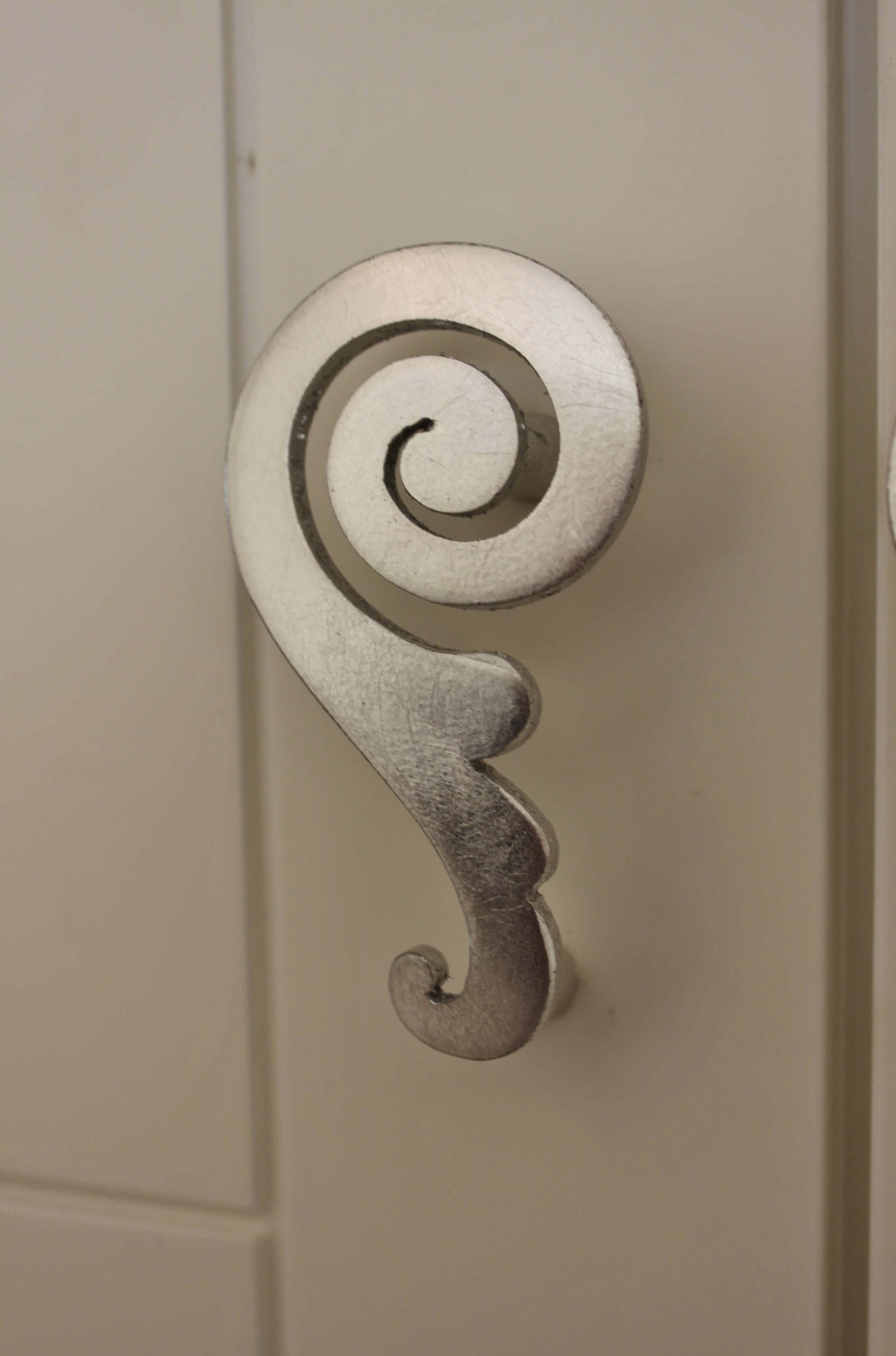Maniglia classica a Spirale
