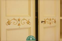 armadio su misura decorazioni a mano