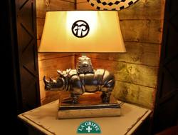 Atena peltro-lampada da tavolo Rino