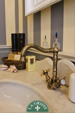 rubinetteria bagno classico ottone
