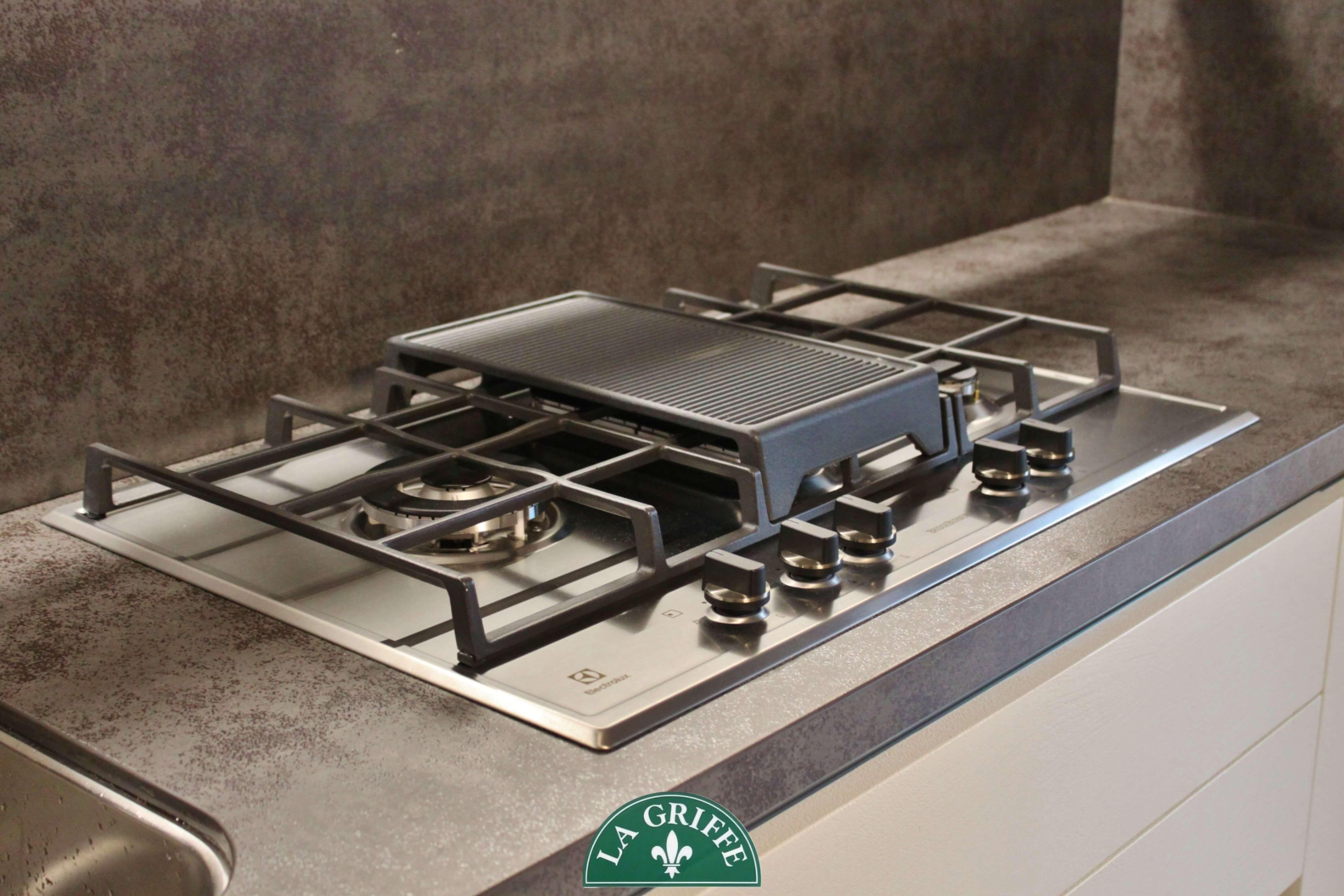 Piano cottura con bistecchiera