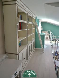 Libreria bicolore provenzale