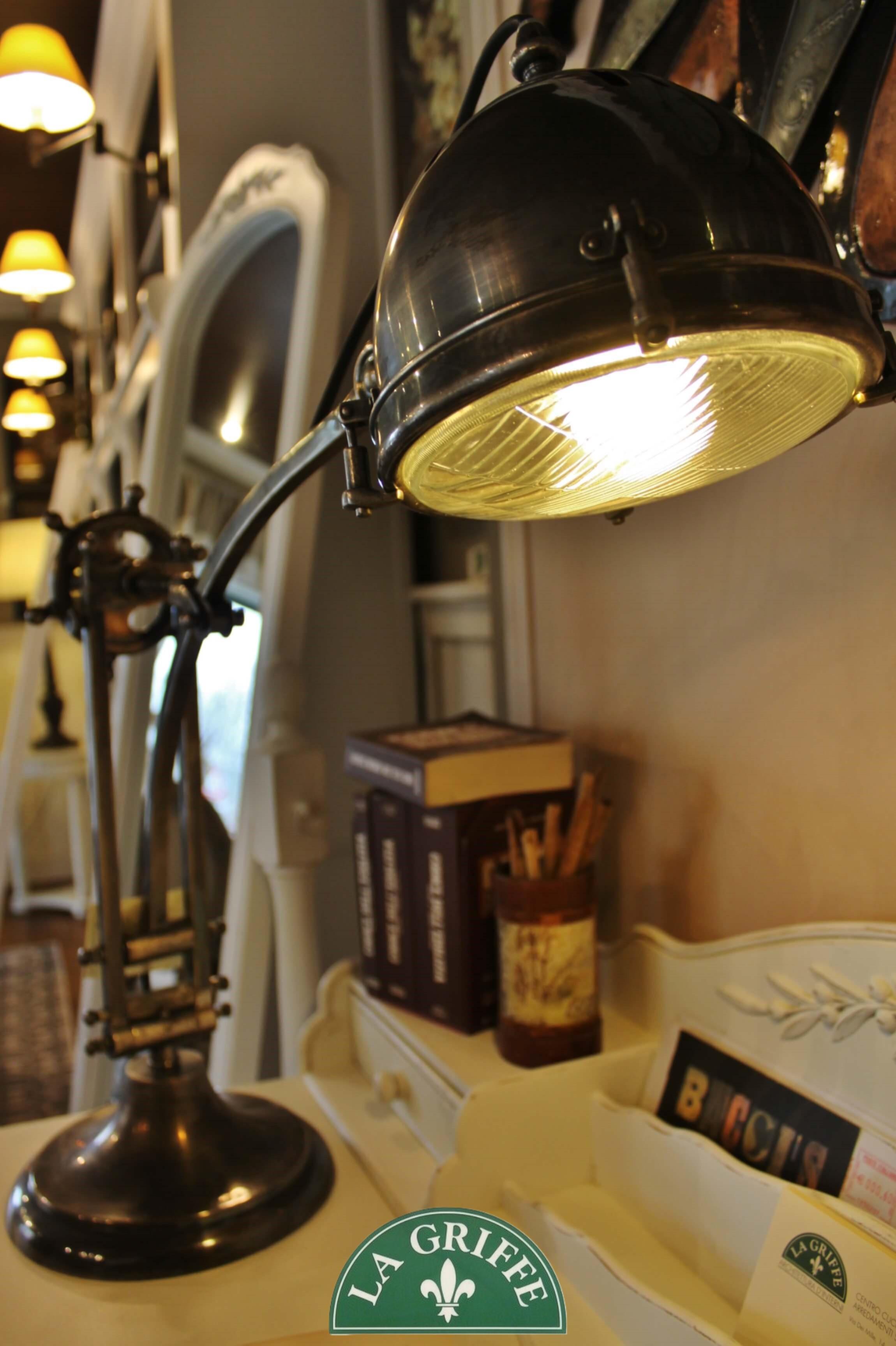 Lampada da tavolo vintage - Dialma