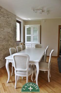 Tavolo e sedie provenzali