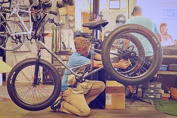 Bike mechanic ventura.jpg
