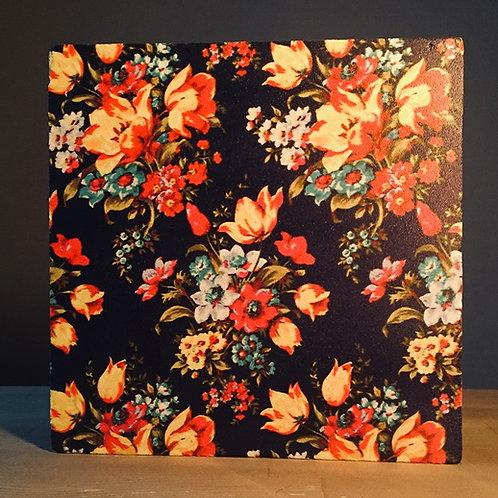 Dark Side Flowers Nihale