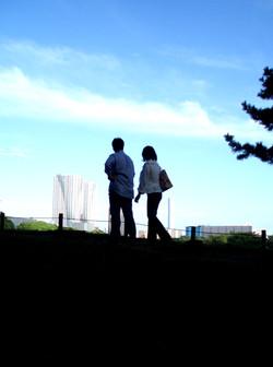 12 un couple et le ciel bleu