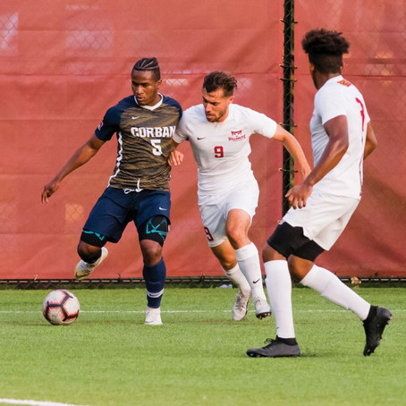 Men's soccer team nearly scores back-to-back wins