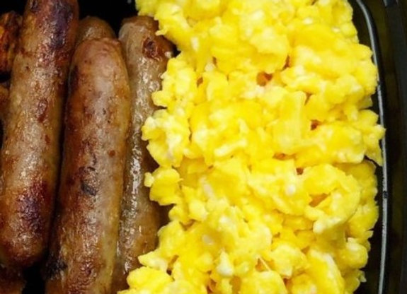 Sausage Links & Eggs