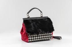 RED HOUNDSTOOTH BAG