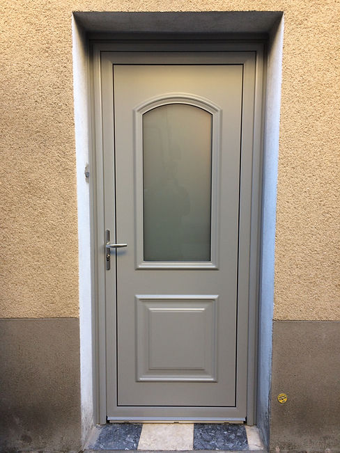 Porte dentrée Aluminium Clermont Ferrand 63000