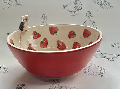 Strawberry mouse bowl