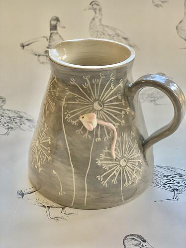 Light grey dandelion mousie jug