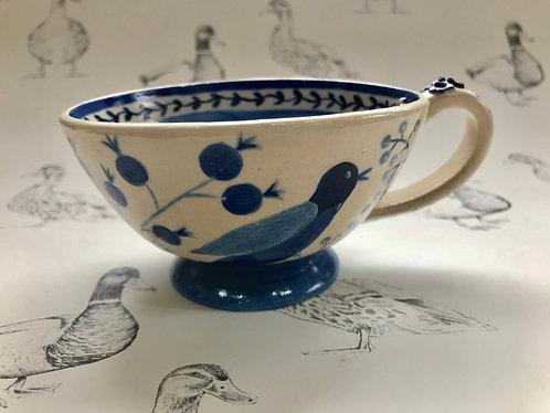 Birds and berries tea mug
