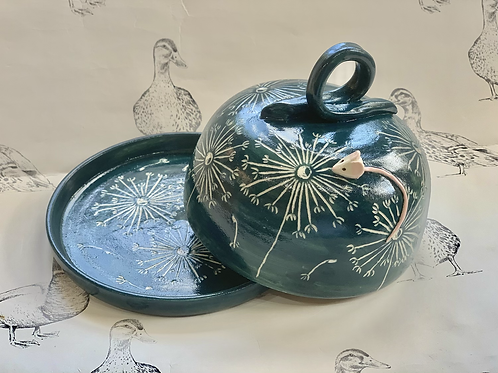 Dandelion and mousie butter dish