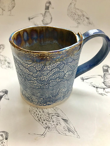 Denim blue lace mug