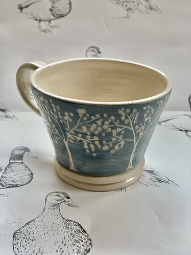 Tree small tea cup