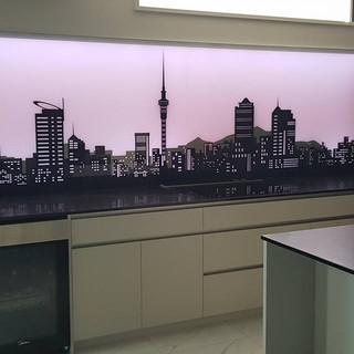 illuminated glass splashback - AucklandCity