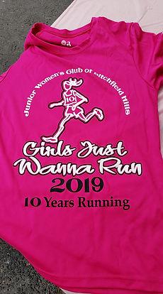 Girls Just Wanna Run tek tee