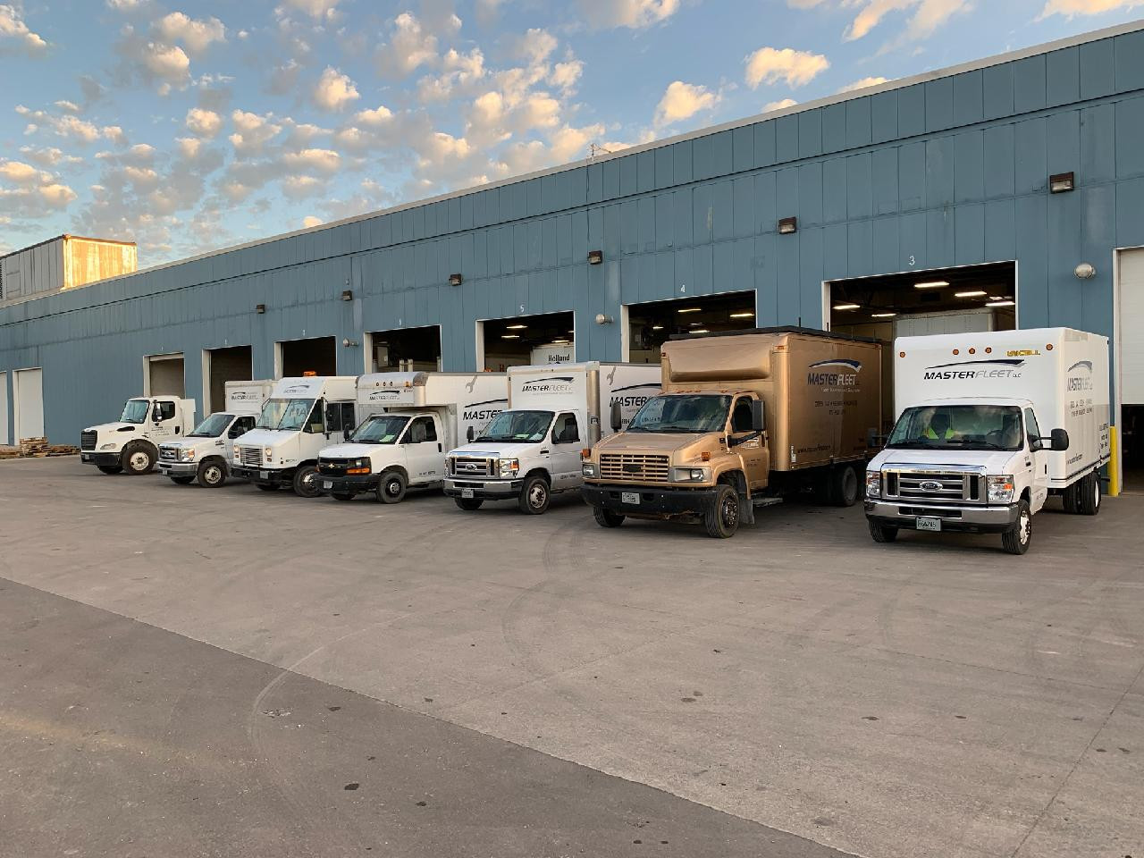 Mobile fleet repair