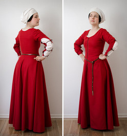 Red kirtle, late 15th century