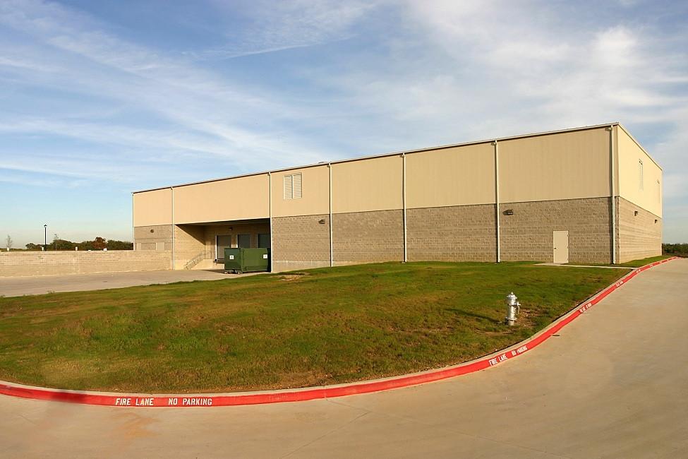 view warehouse area 3048.jpg