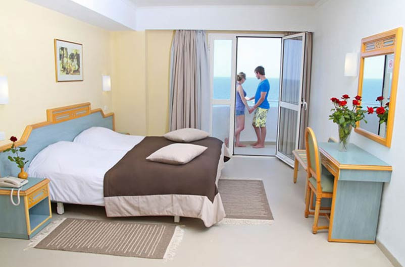 Hotel-347-20180510-021002.jpg