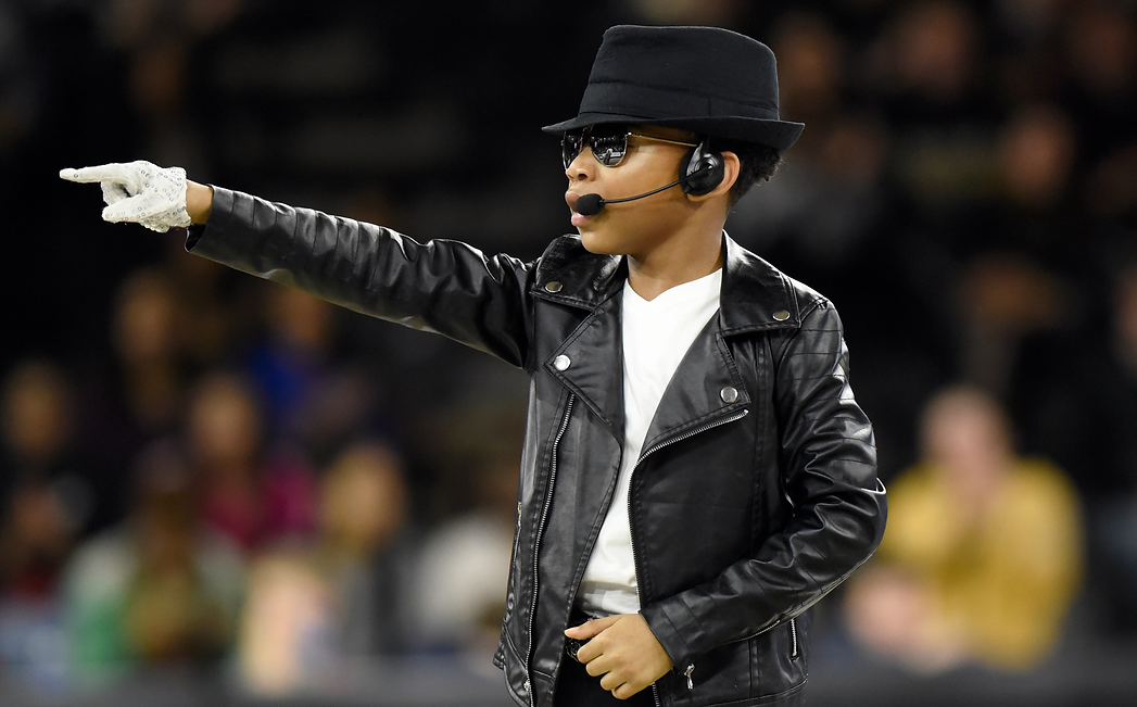 Ziynne has graced many stages including performing with the legendary Jacksons, brothers of the iconic Michael Jackson!  Ziynne is truly the Kid of Pop!