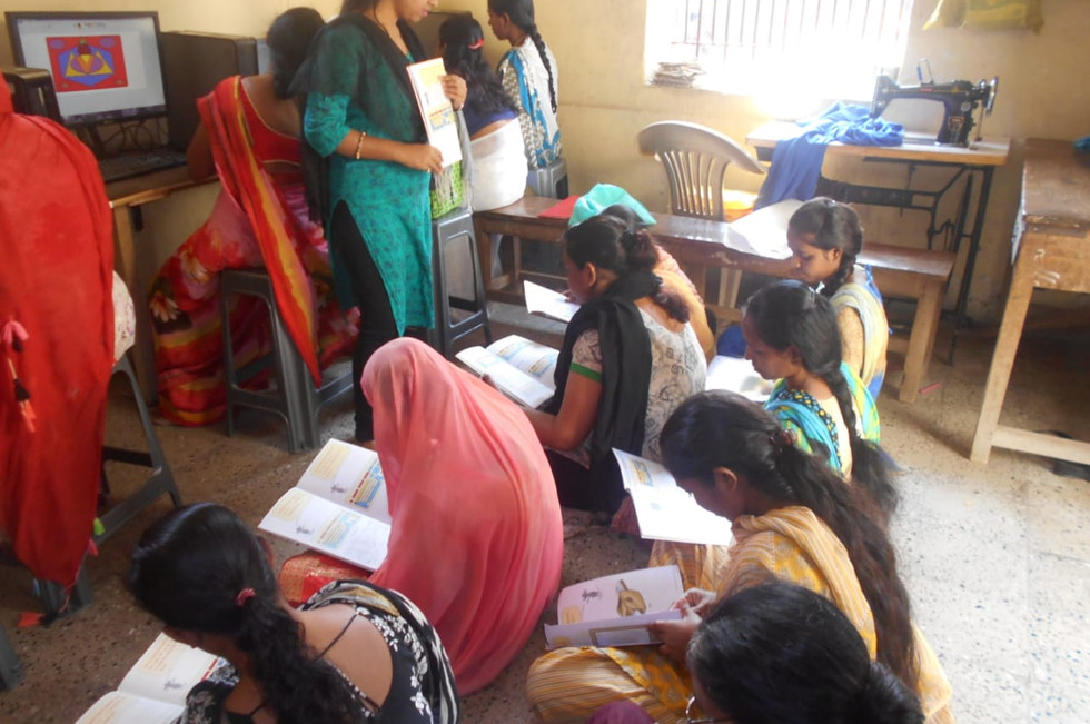 2 - Literacy class in prison for women p