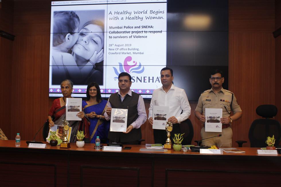 PVWC team and Mumbai police team mebers