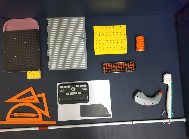 Non-optical educational assistive device