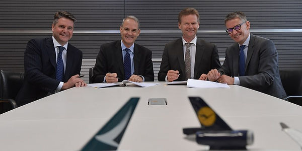 Two-major-air-cargo-carriers-sign-co-ope
