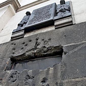 pietní akt resslova, chrám, pomník.jpg