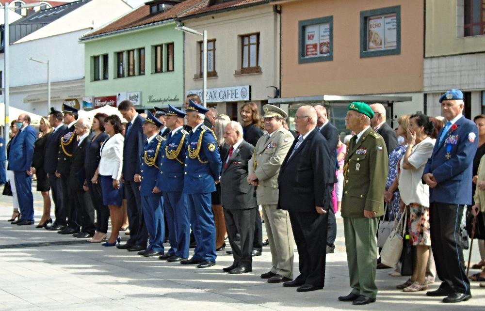 Oslavy_SNP_Zvolen_-_Bánska_Bystrica_(2)