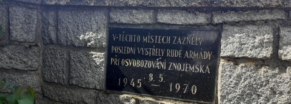 Pomník posledního výstřelu 2.jpg
